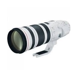 CANON EF 200-400mm f/4L IS...
